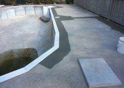 Kelowna pool service