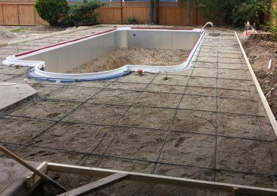 Kelowna swimming pool service